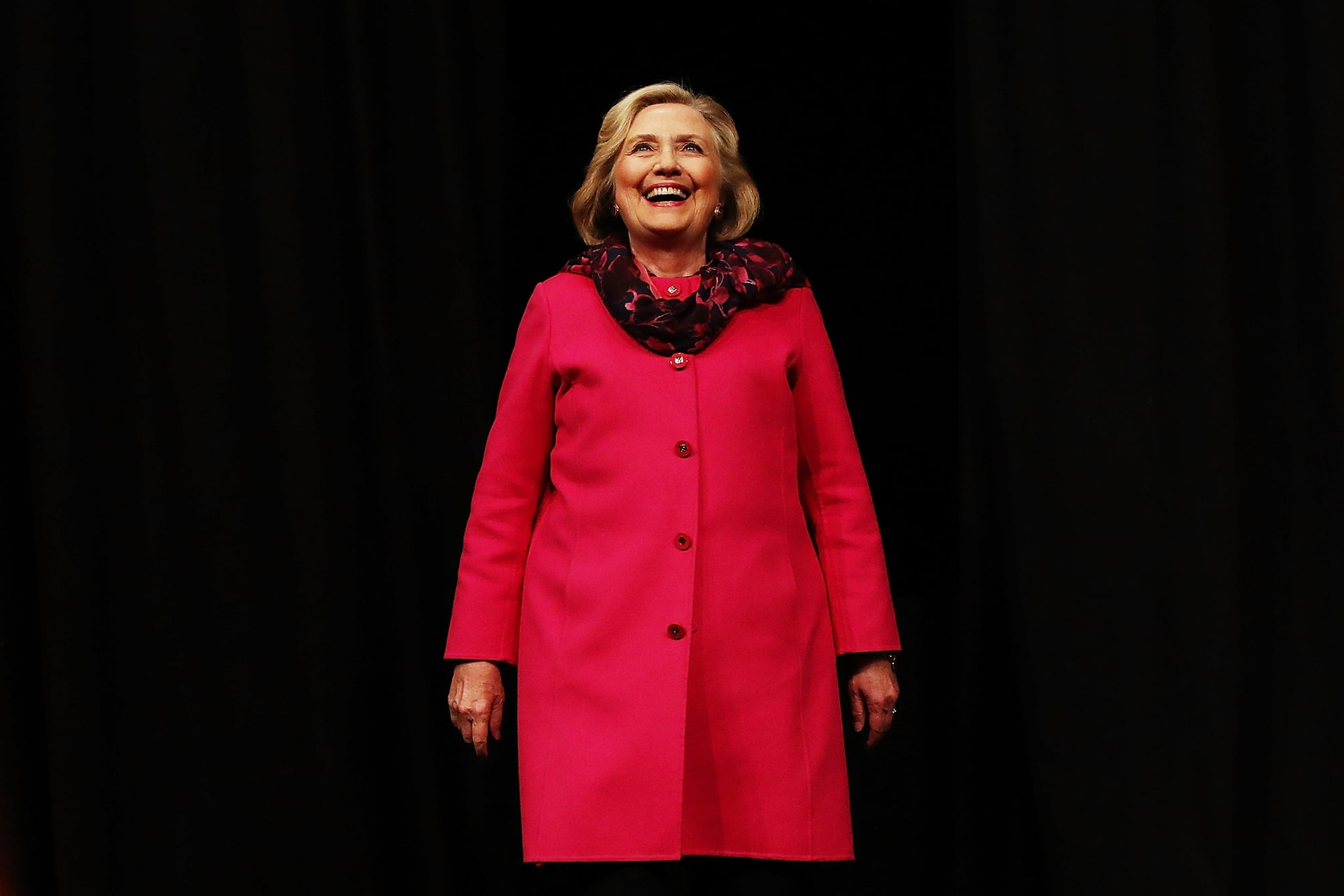 AUCKLAND, NEW ZEALAND - MAY 07:  (EDITOR'S NOTE: Alternative crop of image #955549888) Hillary Rodham Clinton arrives to speak during An Evening with Hillary Rodham Clinton at Spark Arena on May 7, 2018 in Auckland, New Zealand. The former US Secretary of State and Democratic presidential candidate, who lost the 2016 US election to Donald Trump, is touring Australia and New Zealand speaking about being a women in politics.  (Photo by Hannah Peters/Getty Images)