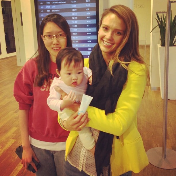"""Jessica Alba posed with a """"happy Honest customer"""" and her baby in the airport. Source: Instagram user jessicaalba"""