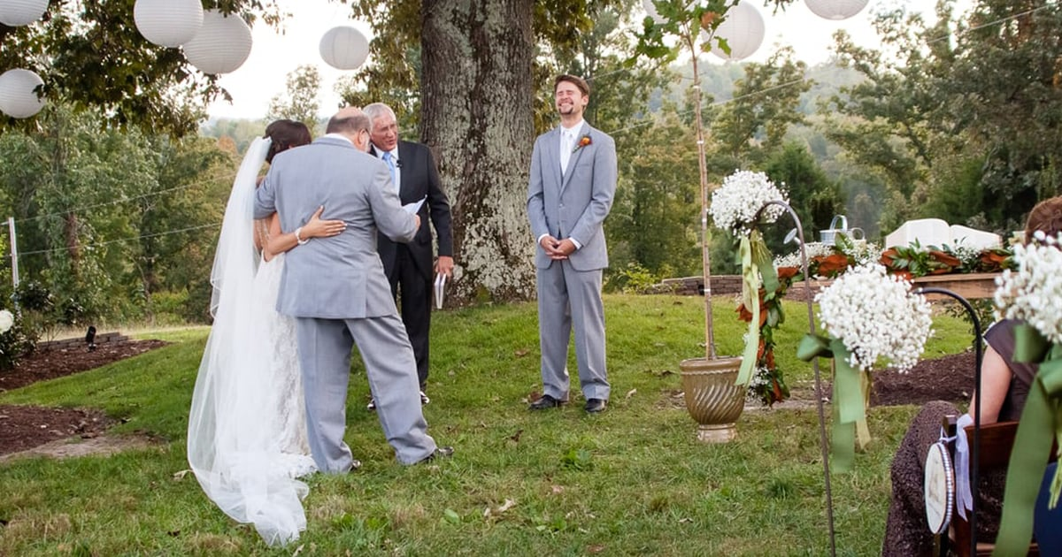 Emotional Is an Understatement - These First-Look Wedding Photos Will Make You Swoon