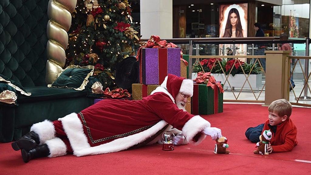 Heartwarming Mall Santa Interactions