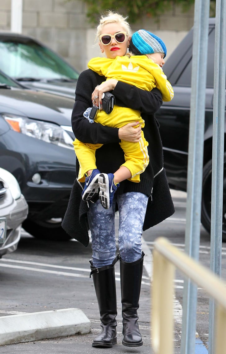 Gwen Stefani walked with Zuma Rossdale in her arms as they went to breakfast in LA.
