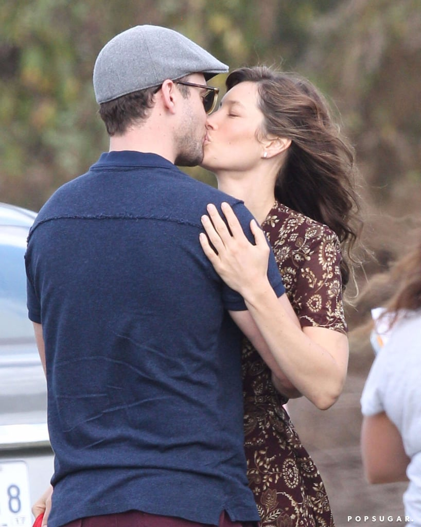 Justin Timberlake and Jessica Biel Kissing November 2016
