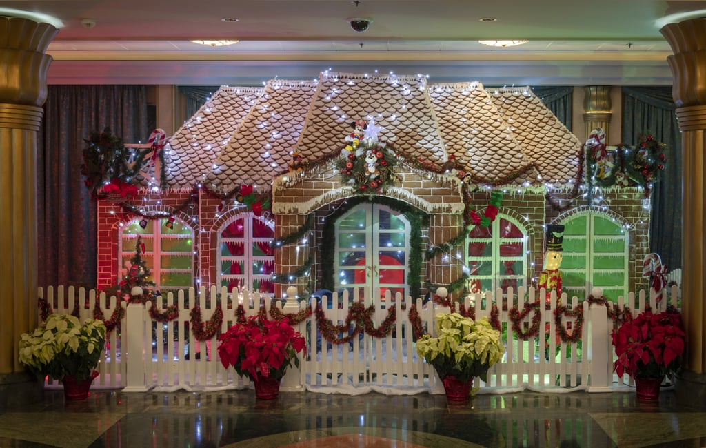 12 of Disney's Most Elaborate (and Impressive) Gingerbread House Displays