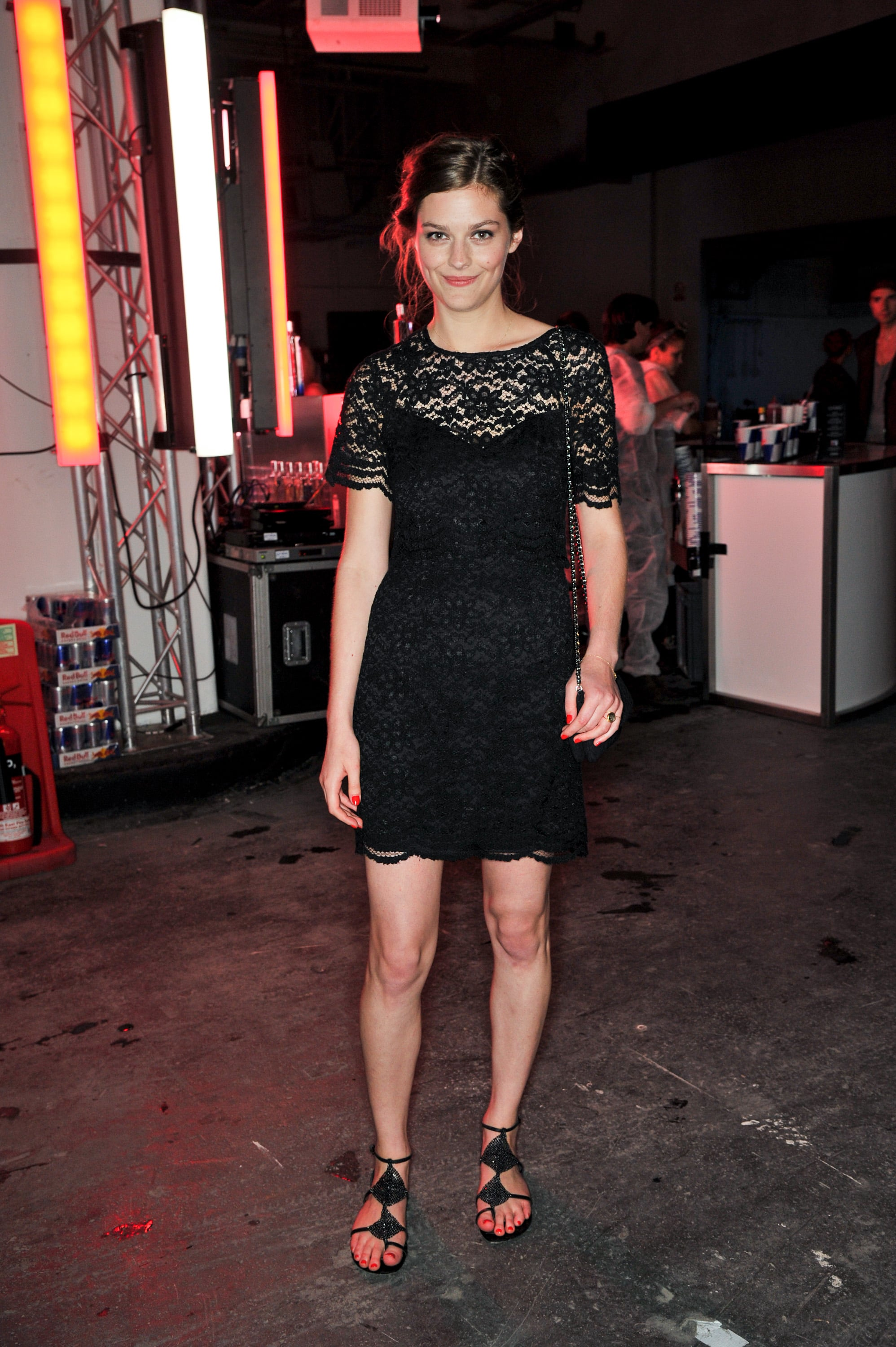 Amber Anderson looked lovely in lace at the London Lulu Guinness event.