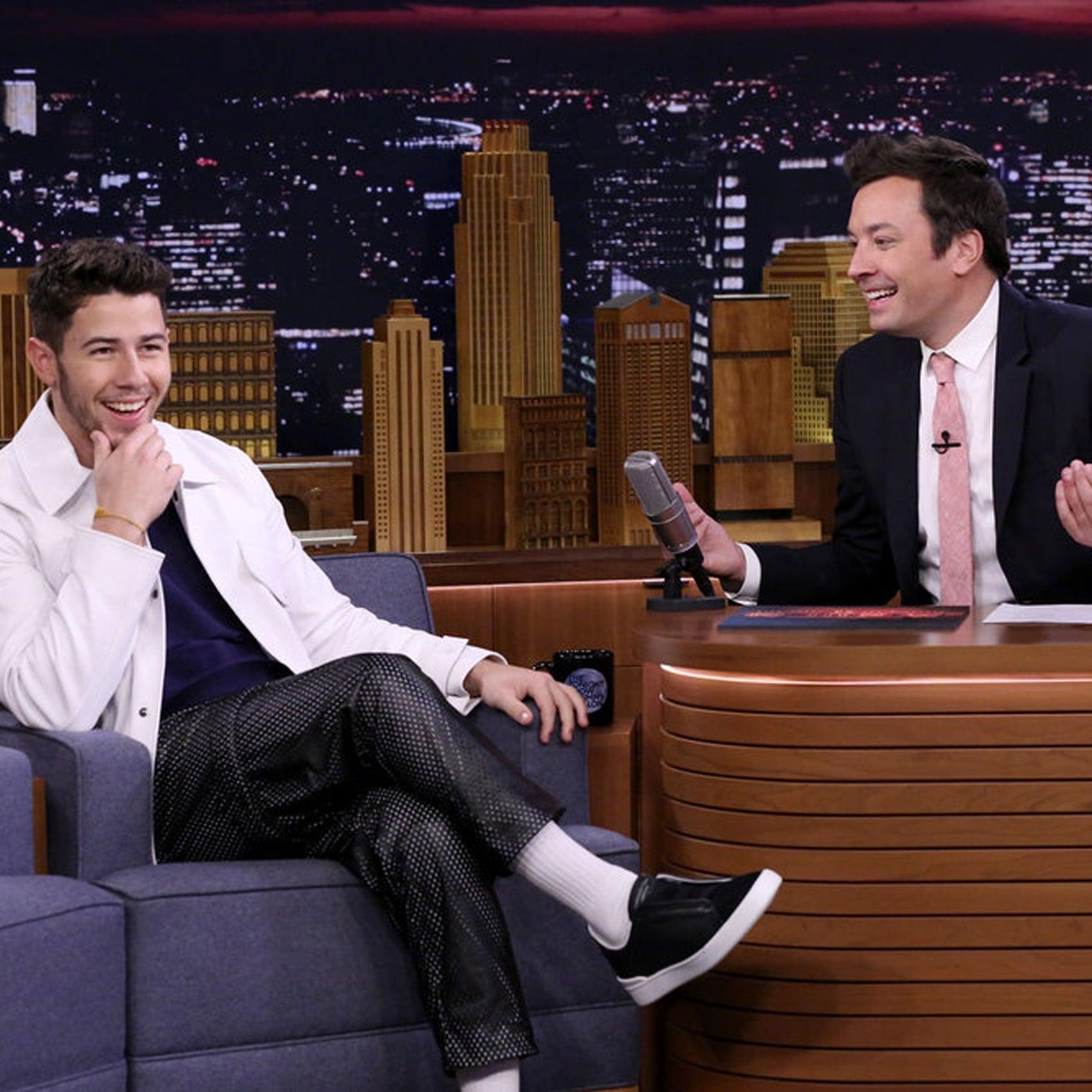 Who does Nick Jonas meet with? 26