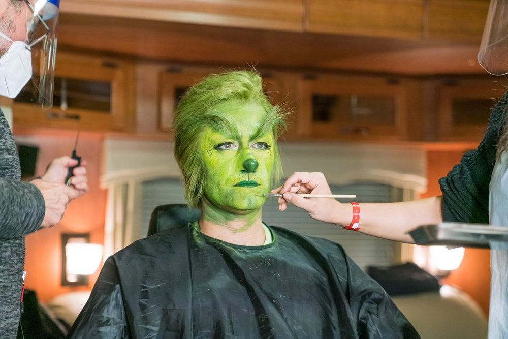 Watch Matthew Morrison Transform Into the Grinch   Video