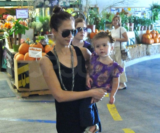 Slide Photo of Jessica Alba and Honor Shopping Around Town
