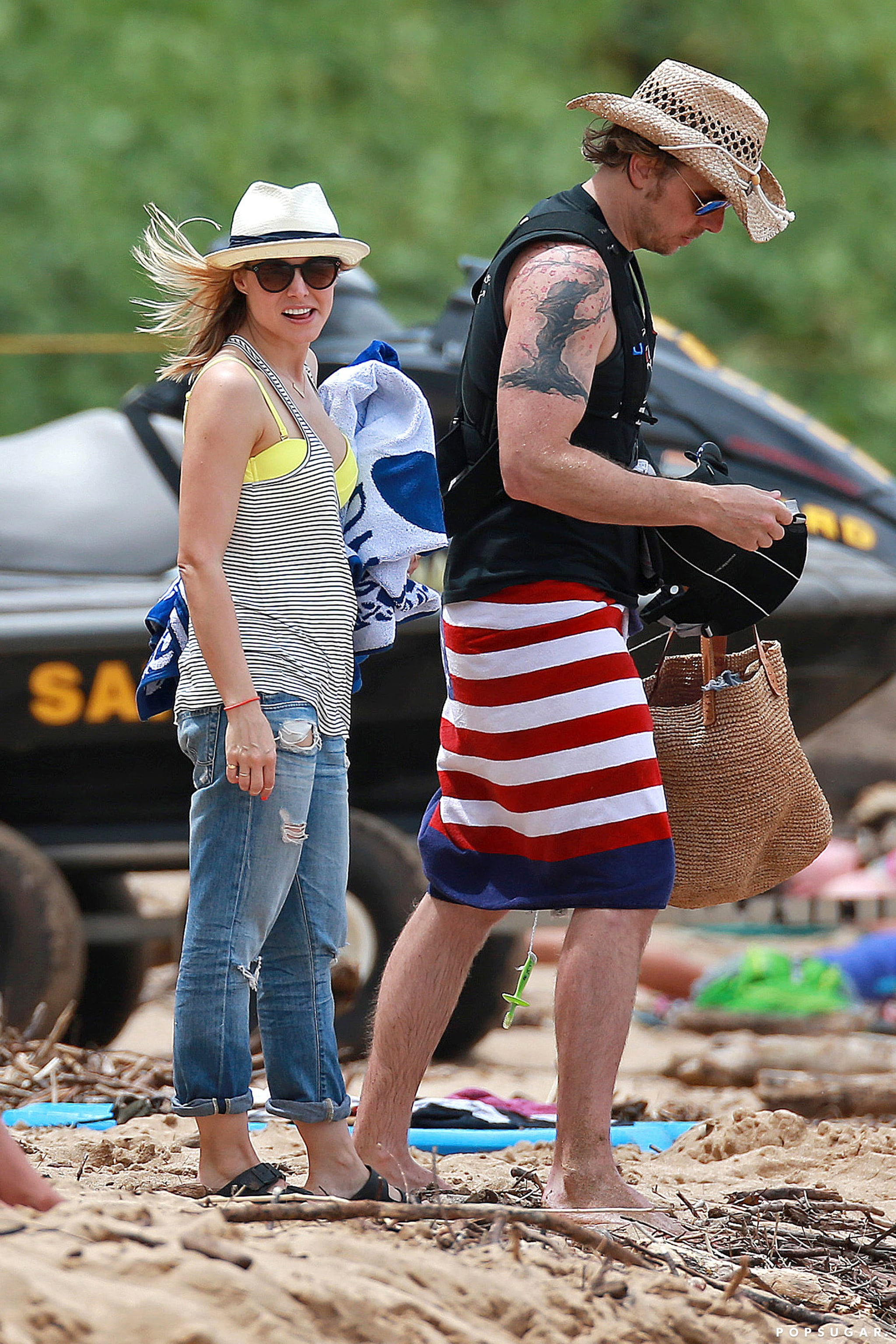 Kristen Bell and Dax Shepard Make a Hot Maui Duo
