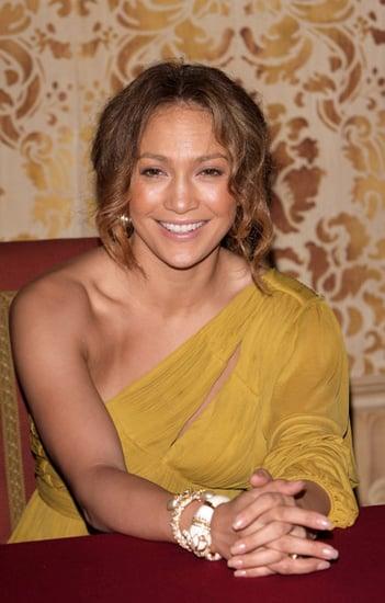 Jennifer Lopez Training for a Tri
