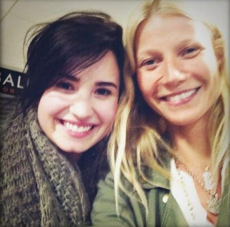 Gwyneth Paltrow snapped a photo of herself with Demi Lovato. Source: Twitter user GwynethPaltrow
