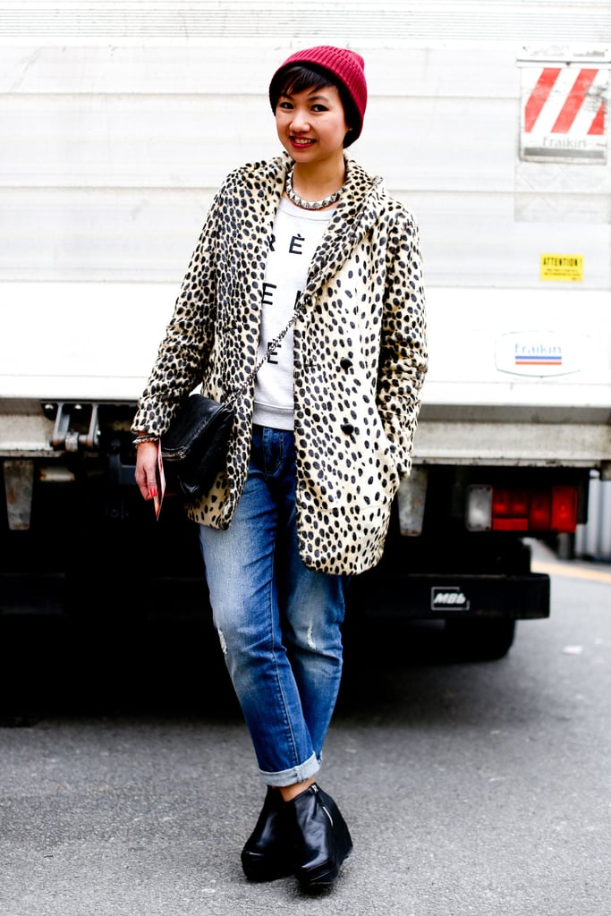 A cool-girl leopard coat and tomboy beanie pulled denim and a tee together with a little edge.