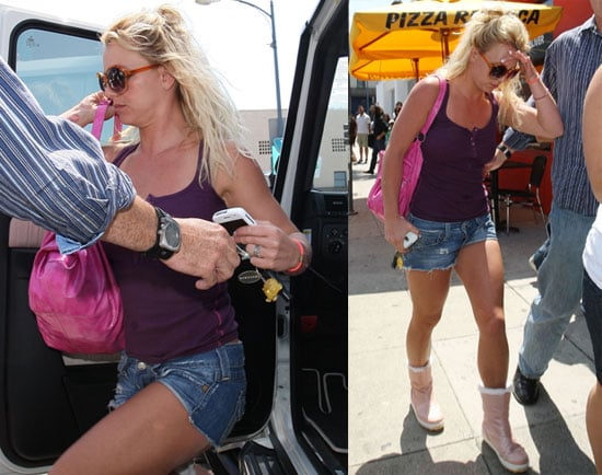 Photos of Britney Spears Shopping in LA 2009-06-25 17:22:56