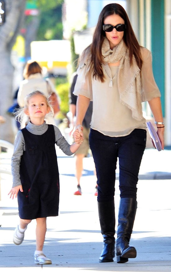 Picture of Jennifer and Violet