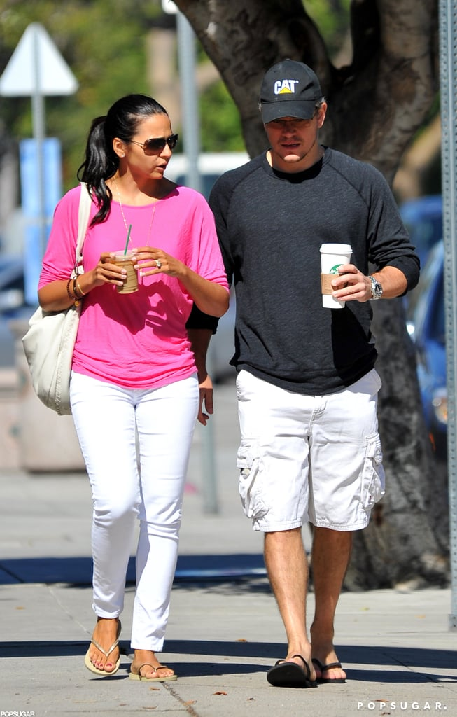 Matt and Luciana Damon stopped by a Starbucks in LA this morning and grabbed drinks to go. The Damon clan is apparently splitting their time between the East and West Coasts, and are reportedly renting an LA home. The home in the Pacific Palisades neighborhood happens to be right near the mansion owned by his best friend, Ben Affleck! The pad is also proximate to San Diego, where Matt will attend Comic-Con later this month to chat about his sci-fi project Elysium. After Comic-Con, Matt will team up with an old friend, director Steven Soderbergh, as well as Michael Douglas, for their Liberace biopic Behind the Candelabra.