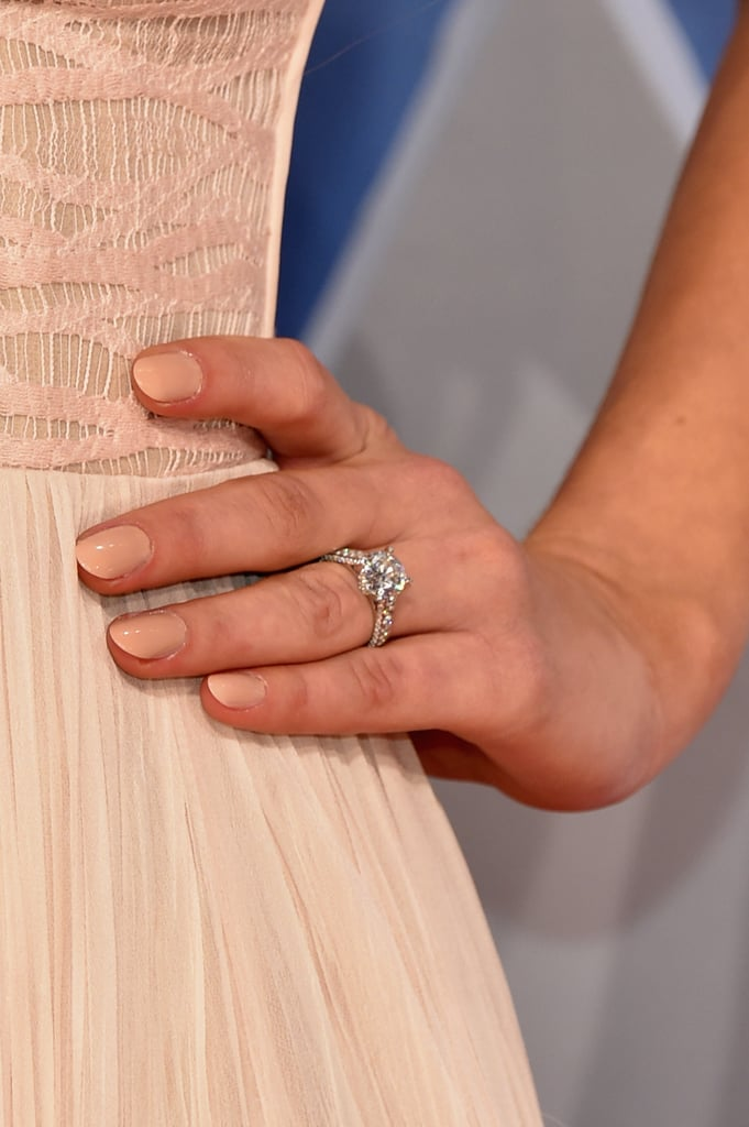 Hannah Davis Engagement Ring From Derek Jeter POPSUGAR Celebrity