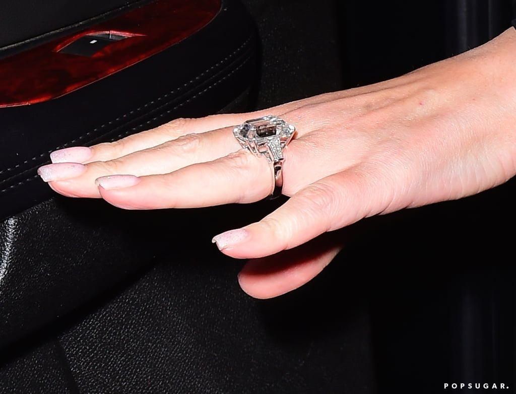 Mariah Carey Engagement Ring Pictures | POPSUGAR Celebrity Photo 3