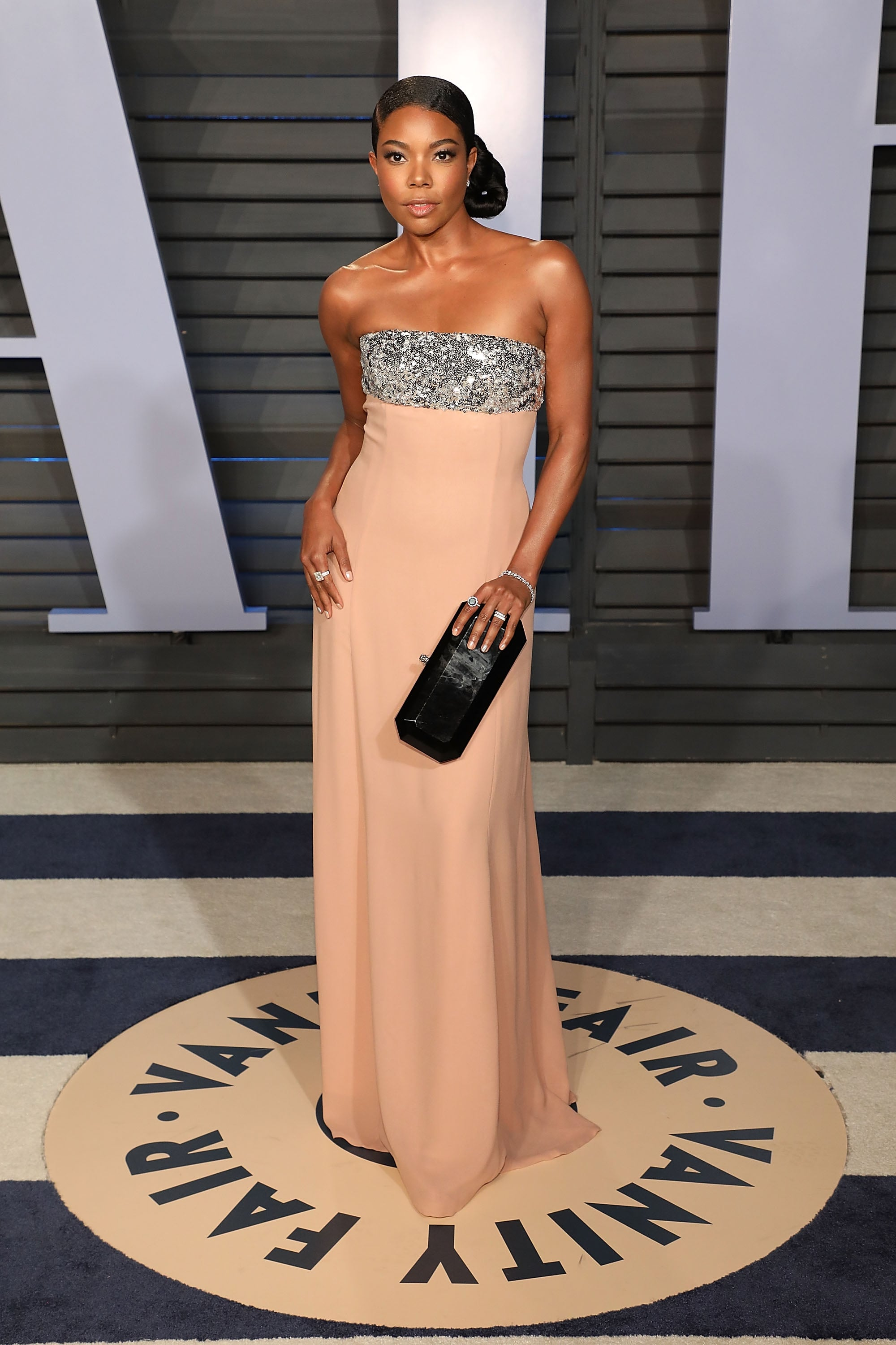 BEVERLY HILLS, CA - MARCH 04:  Gabrielle Union attends the 2018 Vanity Fair Oscar Party hosted by Radhika Jones at the Wallis Annenberg Center for the Performing Arts on March 4, 2018 in Beverly Hills, California.  (Photo by Taylor Hill/FilmMagic)