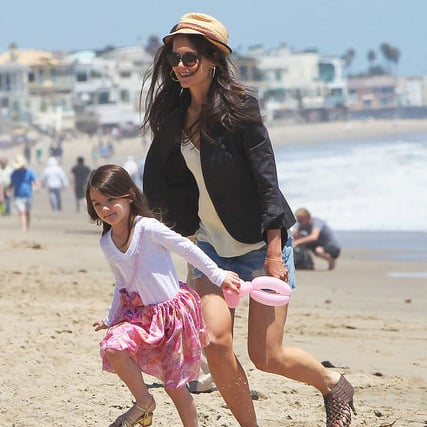 Pictures of Katie Holmes and Suri Cruise on the Beach