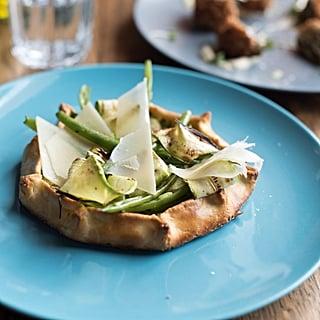 عجينة البارميزان المقرمشة مع الخضروات الخضراء وتارت الريكوتا