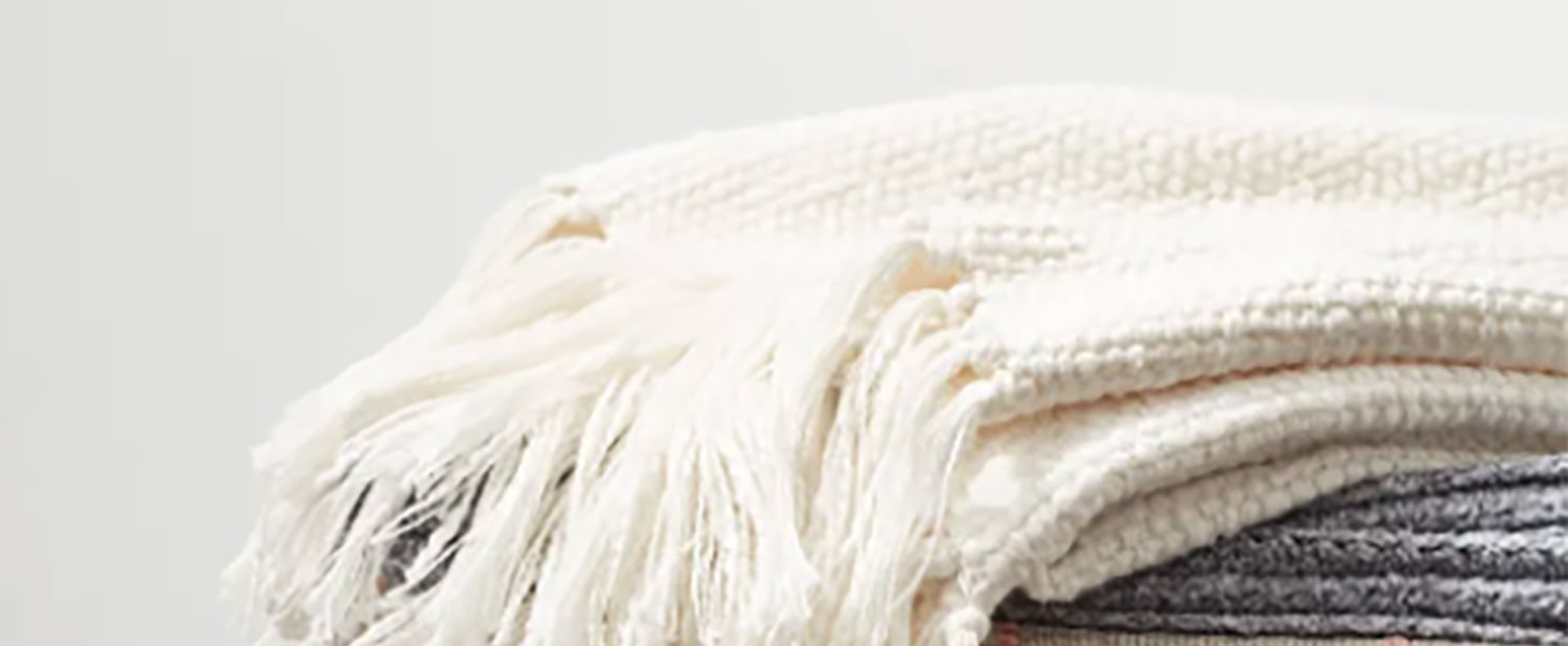 Popular Barefoot Dreams Blankets