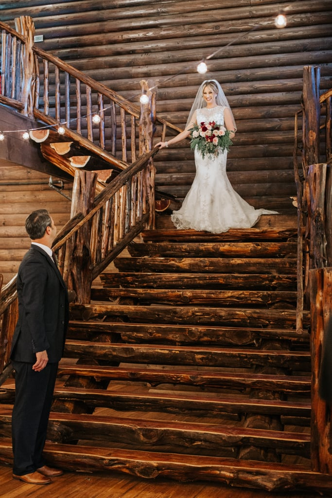 See this Christmas-themed wedding here!