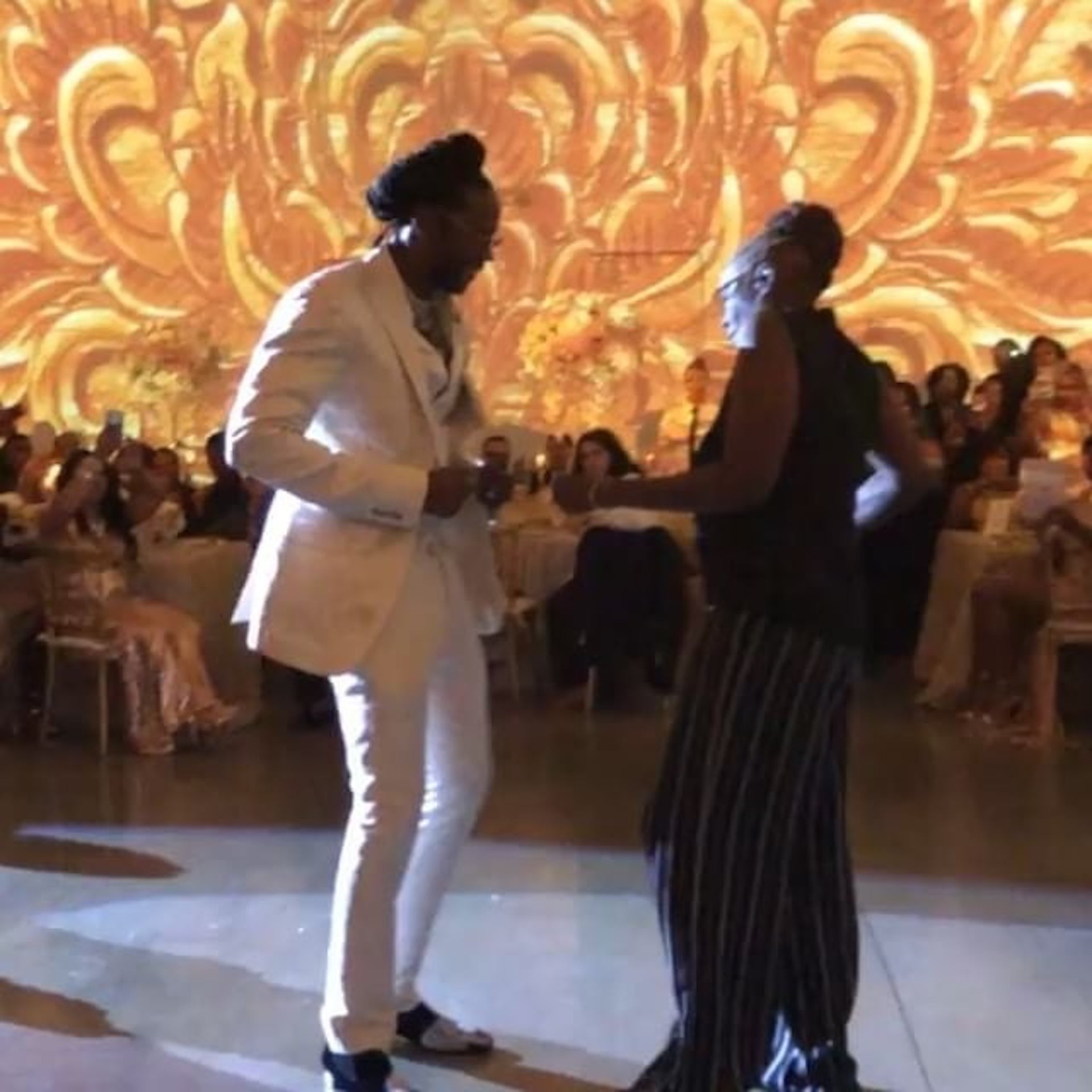 Mother Son Wedding Dance.2 Chainz Mother Son Dance At His Wedding August 2018 Popsugar