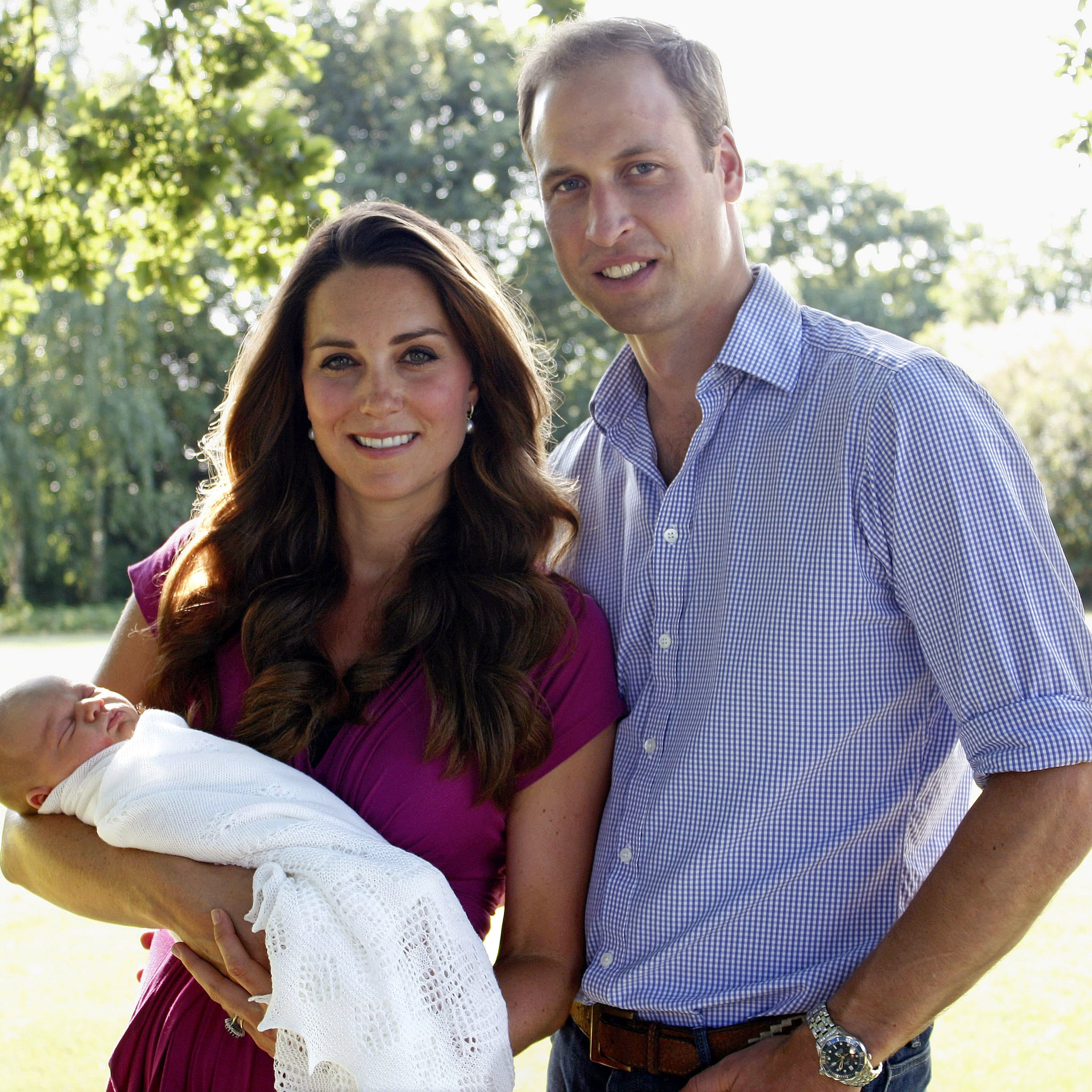 Kate middleton wears seraphine maternity clothes popsugar celebrity ombrellifo Gallery
