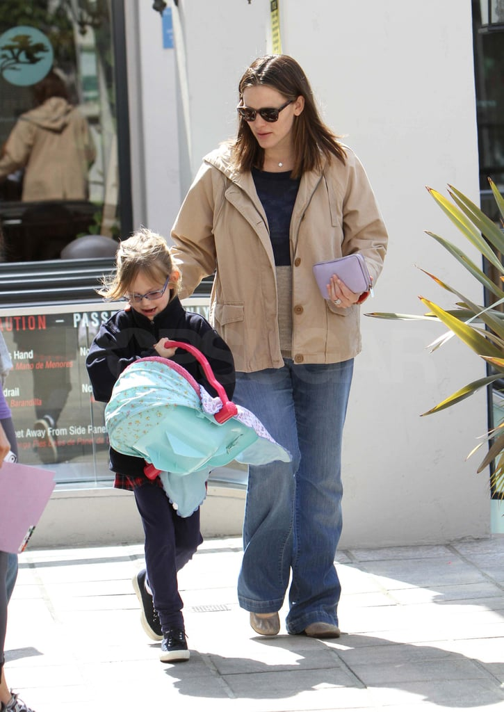 Jennifer Garner led her oldest daughter Violet, as they ran errands in LA today. It was one of Jennifer's first public outings since giving birth to Samuel just two weeks ago. The Garner-Afflecks shared the exciting news of the baby's arrival on Ben's Facebook page. While the family of five has mostly been sticking close to home, Ben did step out to walk their German Shepherd a few days after his first son was born. He was back to taking care of business this weekend, when he and Violet hit the town on Friday afternoon. We've yet to see the newest addition to the Garner-Affleck clan, but Violet was holding on to her own baby carrier during the girls' day out.