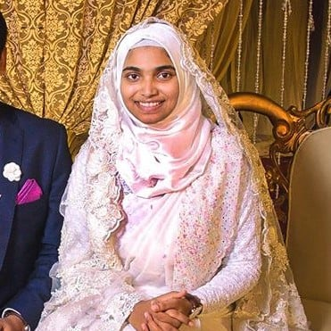 Why Muslim Bride Wore Zero Makeup at Her Wedding