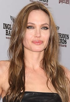 Angelina Jolie to Play Maleficent in Tim Burton Movie? 2010-03-29 09:30:49