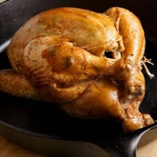 Fast & Easy Recipe for Pan-Roasted Chicken and Gravy