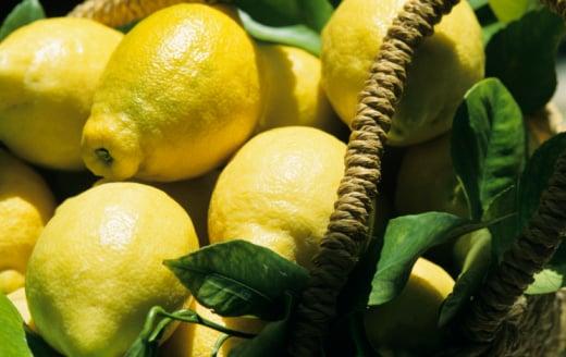 Casa Quickie: Lemon Fresh Kitchen