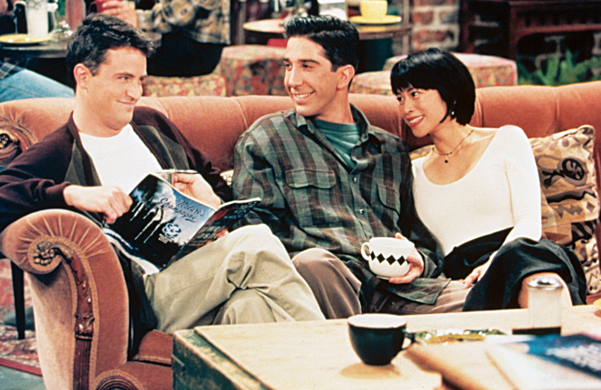FRIENDS, Matthew Perry, David Schwimmer, Lauren Tom, 1994-present, Yr2, (c)NBC/courtesy Everett Collection