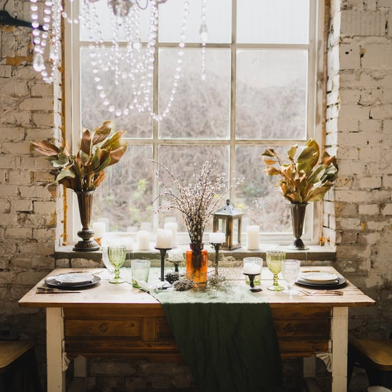 How to Create a Gorgeous Holiday Setup For a Smaller Party