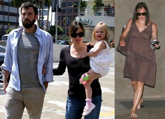 Photos of Pregnant Jennifer Garner, Ben Affleck and Violet Affleck Out in LA