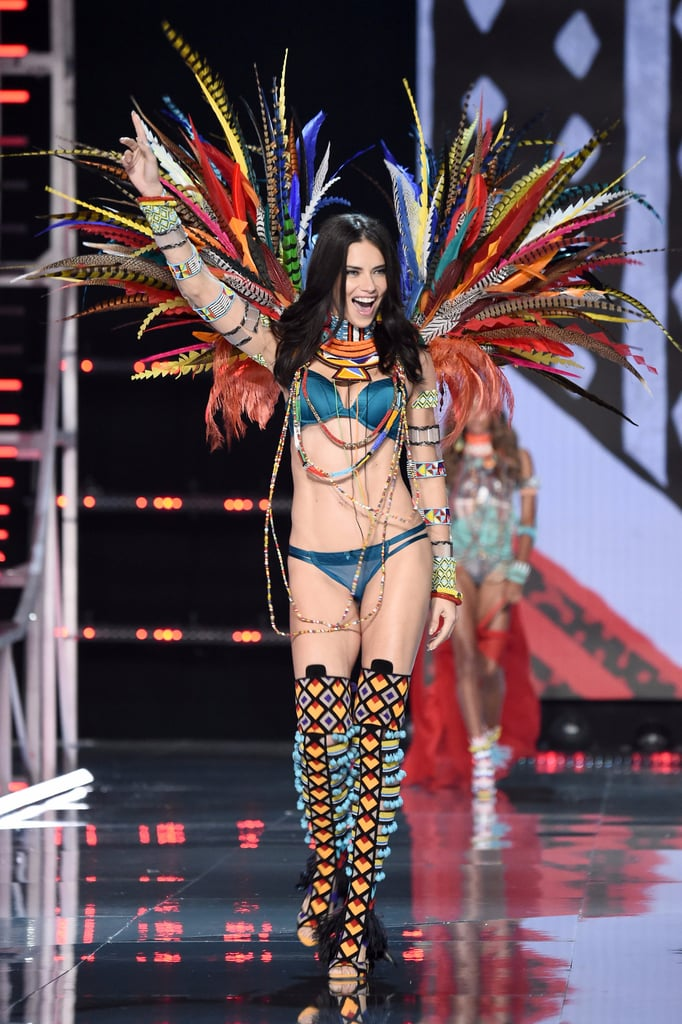 Don't Be Fooled: Adriana Lima's Victoria's Secret Runway Looks Go From Playful to Badass in a Heartbeat