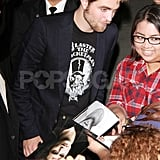 Robert Pattinson smiled at his fans in LA.