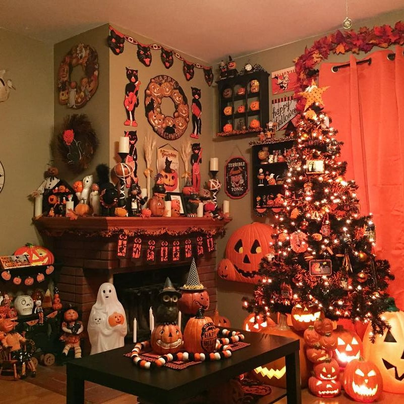 Halloween Christmas Tree.Halloween Christmas Trees Are A Thing And They Re So Cool