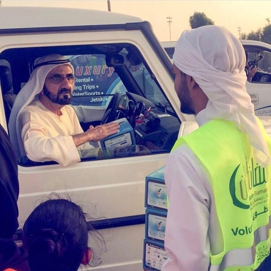 Dubai Sheikh Mohammed Visits Iftar Volunteers