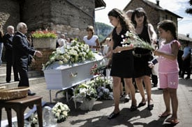 Mommy Dearest: Should I Bring My Son to a Memorial?