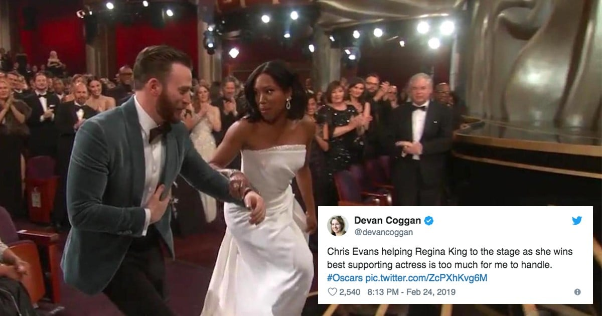 Chris Evans Helping Regina King Up the Stairs 2019 Oscars ...