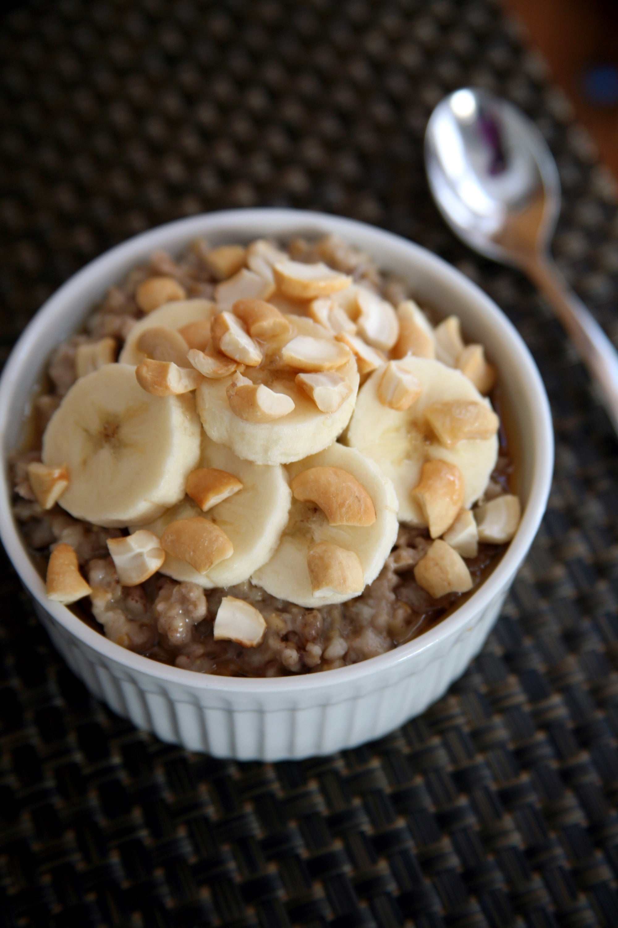 Slow-Cooker Steel-Cut Oatmeal | For the #MealPrep-Obsessed, You'll ...