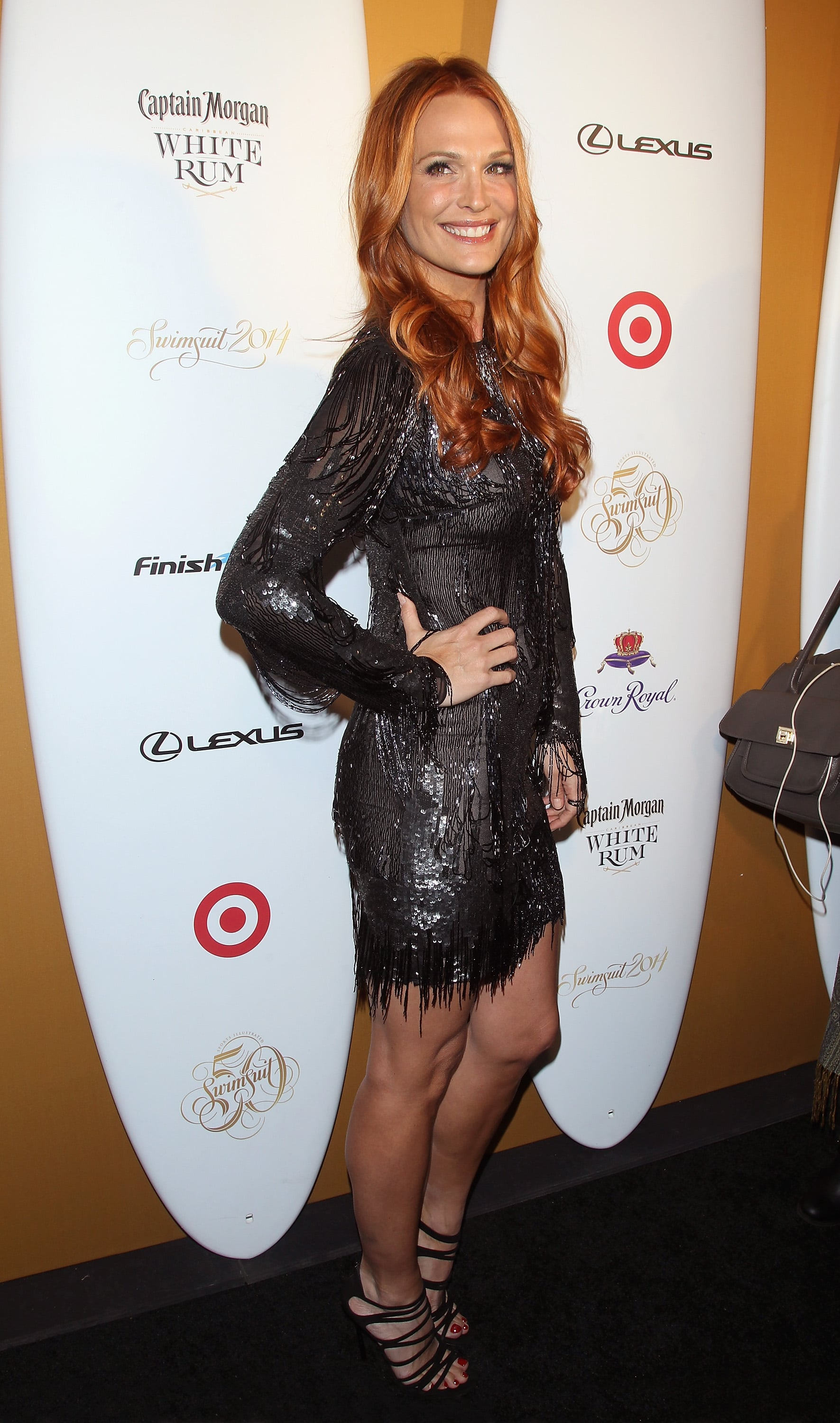 Molly Sims showed off her new red hair, which she told us that she based off of Amy Adams's color.