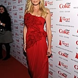 Rebecca Romijn looked gorgeous in an ultra-femme Marchesa confection.