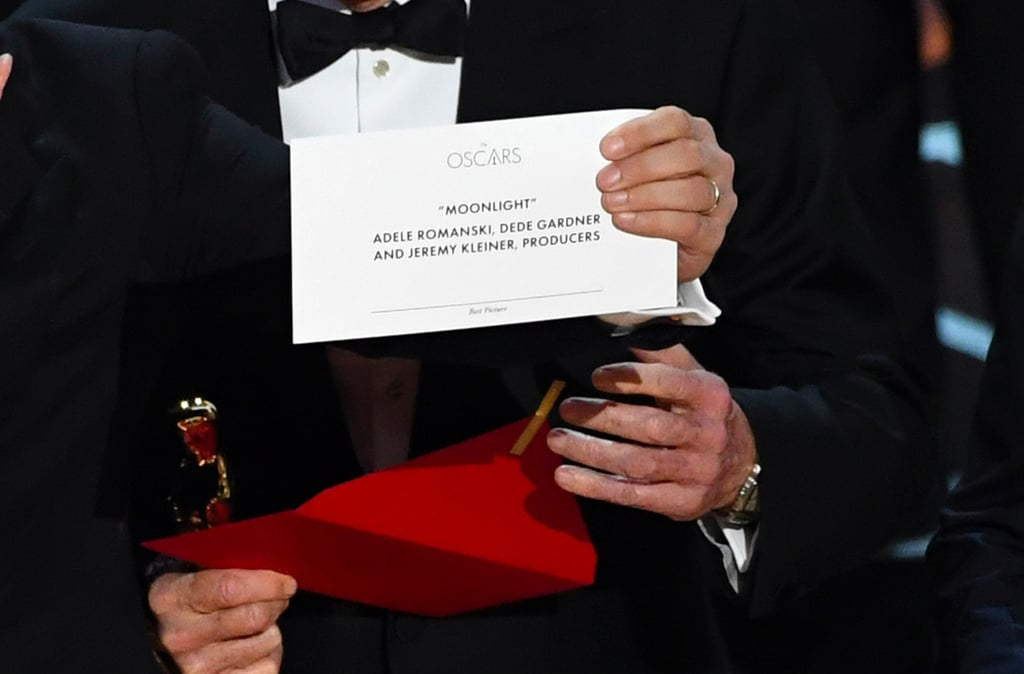 The Internet Made the Best Picture Envelope Into a Meme Because It Has Zero Chill