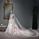 فستان أمل الذي صمّمه أوسكار دي لا رنتا يُعرض الآن في متحف هيوستن