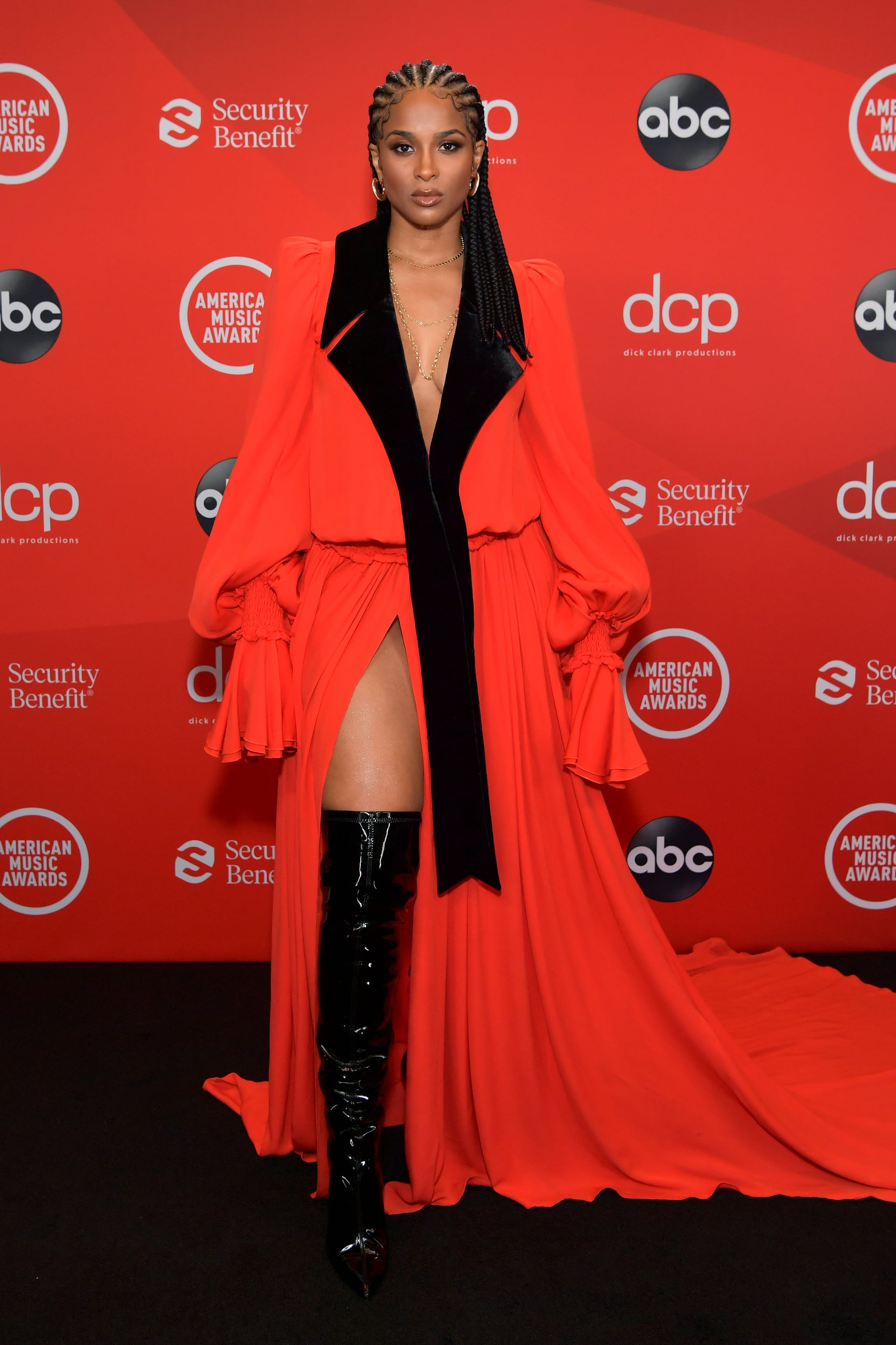 See Photos of Ciara at the 2020 American Music Awards | Ciara's Regal  Cornrows at the AMAs Managed to Distract Us From Her Striking Gown |  POPSUGAR Beauty Photo 2