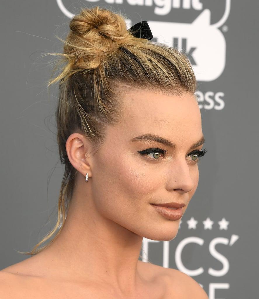 Margot Robbie\'s Best Updo Hairstyles | POPSUGAR Beauty Photo 3