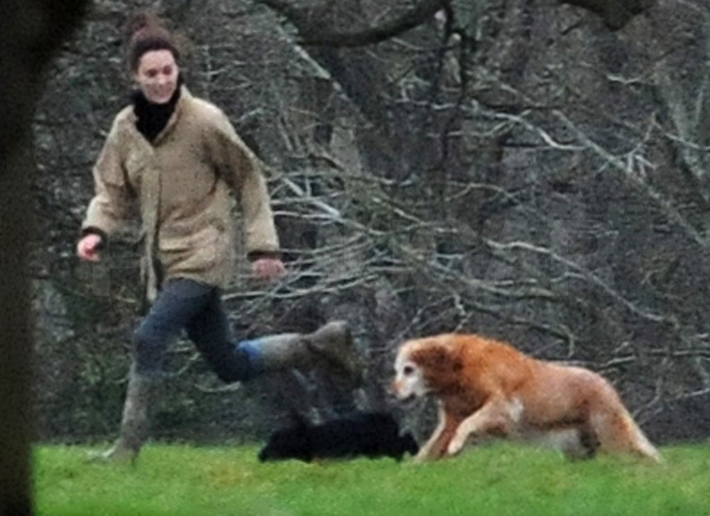Kate Middleton ran around with a dog in the UK.