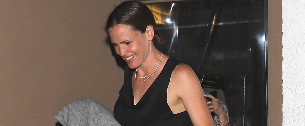 Jennifer Garner Brushes Off That Other Woman Drama With a Girls' Night Out